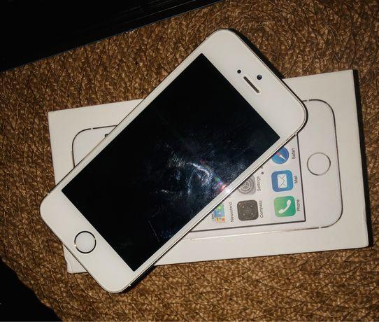Iphone 5s 16гб новая батерея