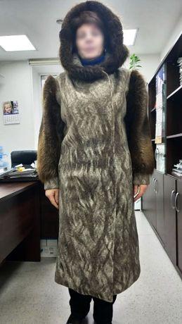 Безумно теплое и добротное пальто шуба на самые сильные морозы