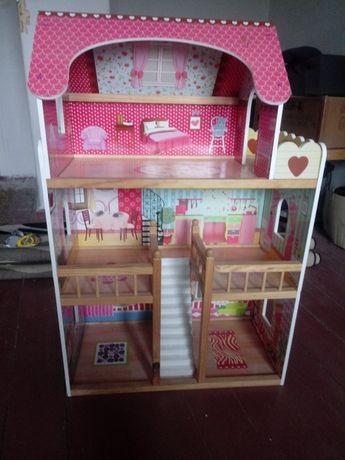Domek dla lalek plus akcesoria
