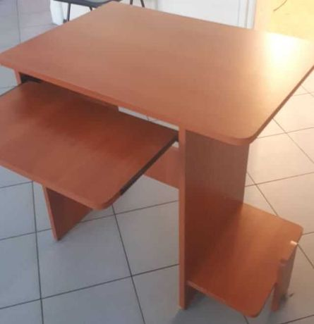 Biurko komputerowe  - grusza