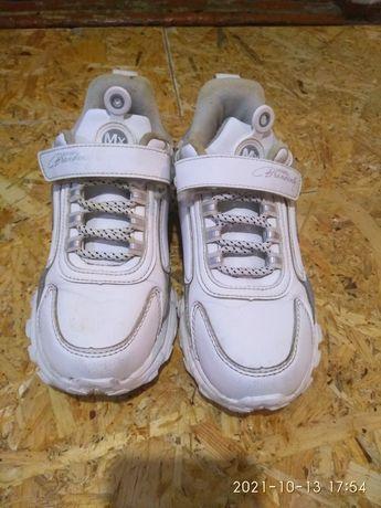 Продам кросовки.