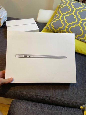 Pudełka Macbook Air 13'' oraz IPad Air