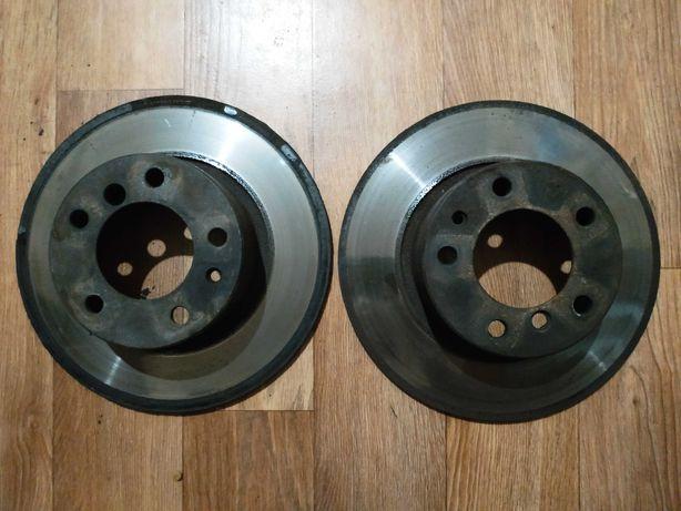 Тормозные диски с суппортами БМВ е34