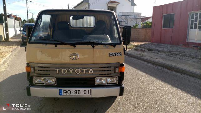 Vendo Toyota Dyna 150