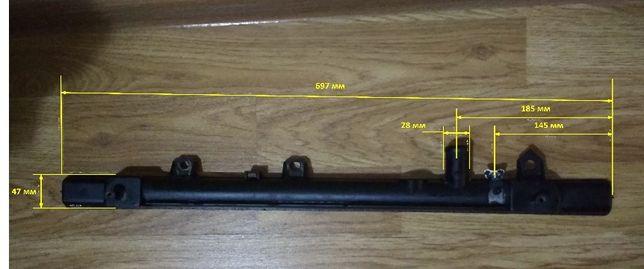 Бачок радиатора Мазда 323 ВА нижняя часть