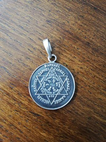 Srebrny medalion talizman 7 aniołów.
