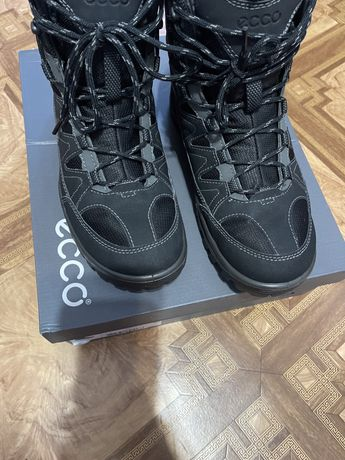 Продам ботинки сапоги зима ecco nike