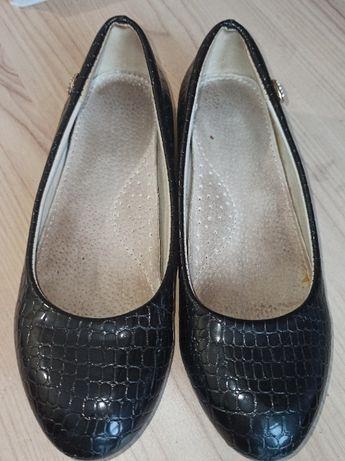 Туфли школьные черные в школу 33 размер