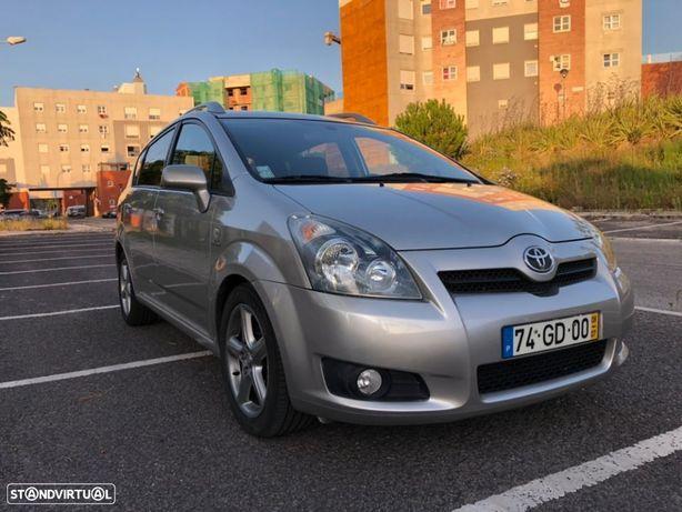 Toyota Corolla Verso 2.2 D-CAT -177CV
