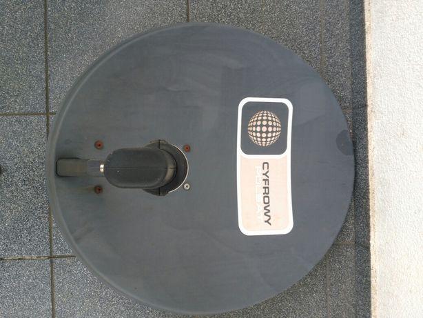 Antena satelitarna z konwenterem