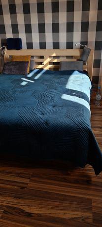 Łóżko 160×200 plus dwie szafki