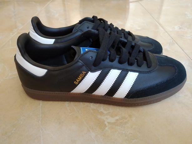 Adidas Samba original.
