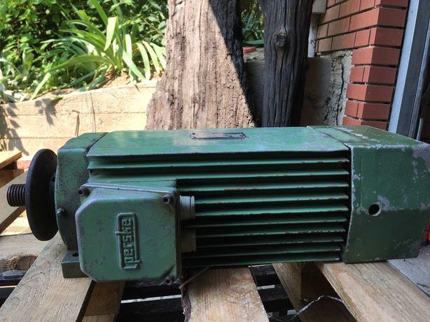 Silnik elektryczny jamnik. Piła tarczowa, przecinarka do metalu.