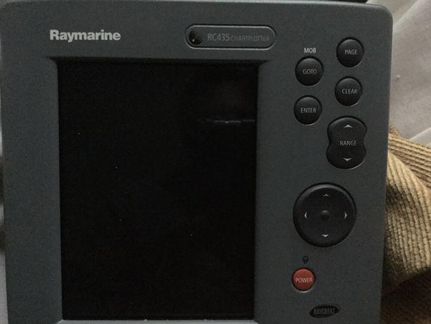 Plotter Raymarine com mapa