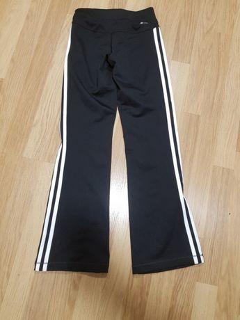 Dresy spodnie dziewczęce adidas 140