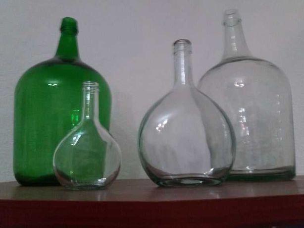 Garrafões Castanhos, Verdes e Brancos
