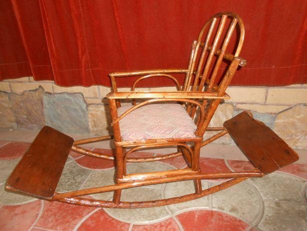 Детское кресло качалка. Старина.