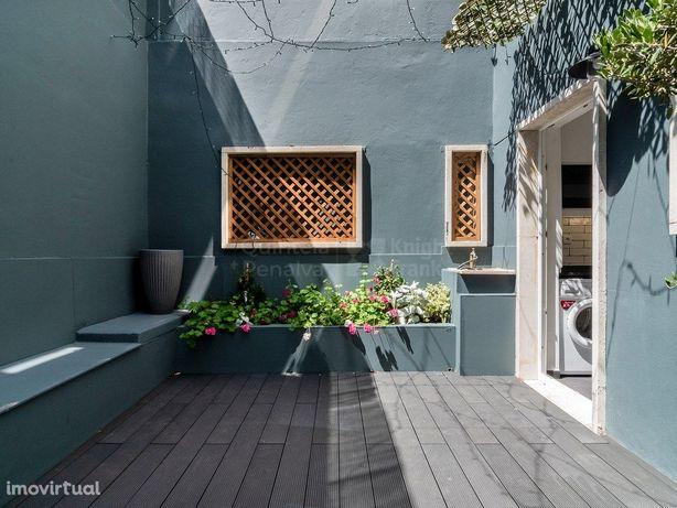 Apartamento T0 para arrendar com terraço em Campo de Ourique