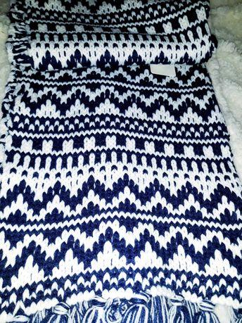 Теплый шарф в скандинавском стиле New Look