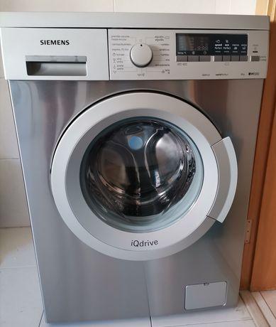Máquina de lavar roupa Siemens