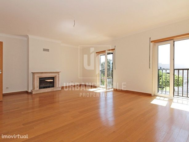 Apartamento T3 para arrendar no Estoril