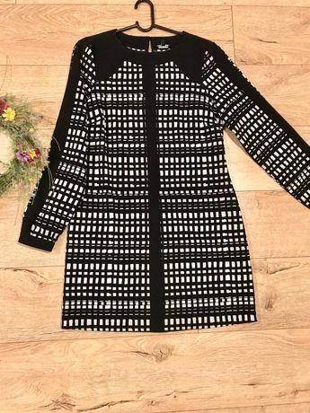 Sukienka czarno- biała w kratkę 36