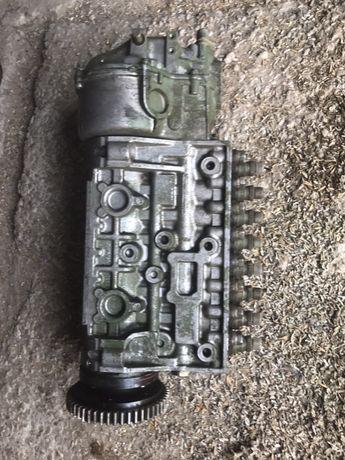 Топливний насос BOSCH V8 без турбіни