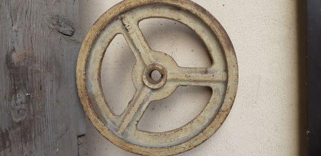 Żeliwne koło na paski klinowe do betoniarki