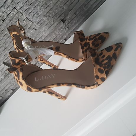 Sandałki  panterka