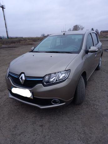 Renault Sandero автомобіль