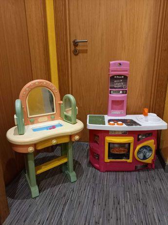 Toucador Chicco e Cozinha Brinquedo Criança