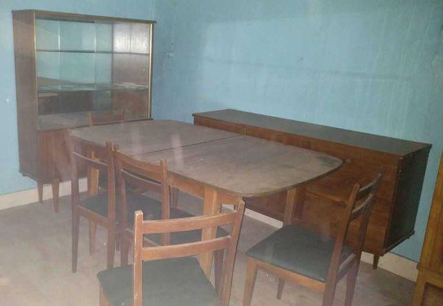 Mobília de sala antiga