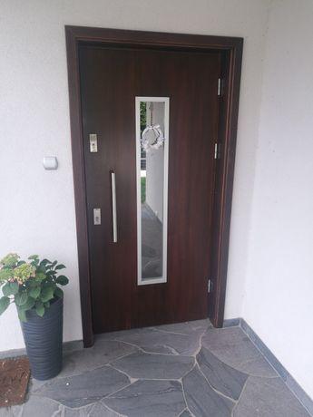 Drzwi zewnętrzne drewniane, jesion
