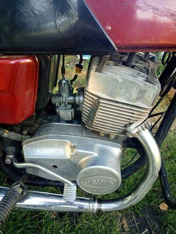 Мотор бак бардачки поршнева ява 638 сідушка колеса циліндри головки
