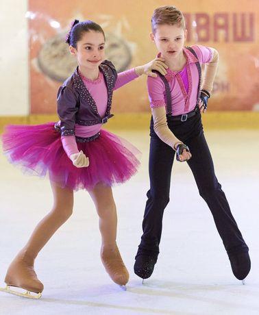 Костюм для выступлений мальчику и девочке р140-146