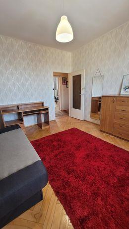 Wynajmę pokój w mieszkaniu dwu pokojowym