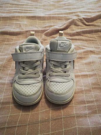 Ténis Nike para criança