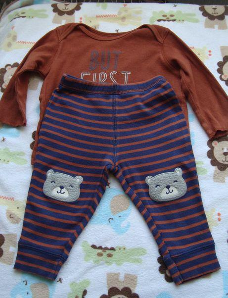 Продам два набора костюмчики Carters для мальчика размер 6 мес.