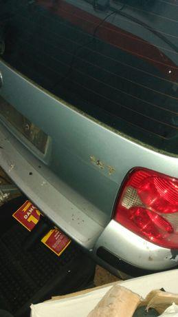 Tampa da mala VW Passat de 2001