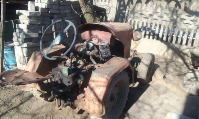 Traktorek DZIK