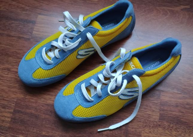 Sapatos Skechers NOVAS