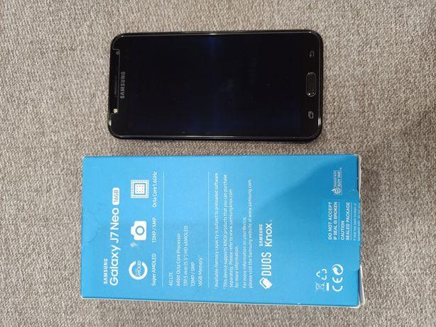 Смартфон Samsung J7 Neo