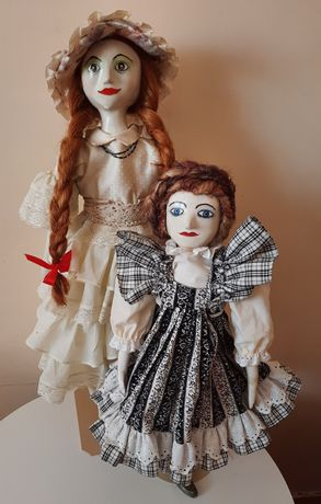 Stara lalka kolekcjonerska