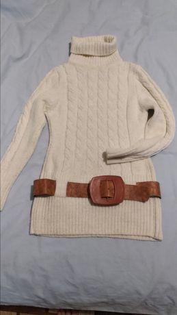 Туника, свитер.