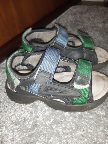Босоножки сандали в отличном состоянии! Стелька 16 см.