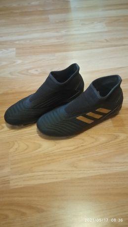 Обувь Бутсы чорные