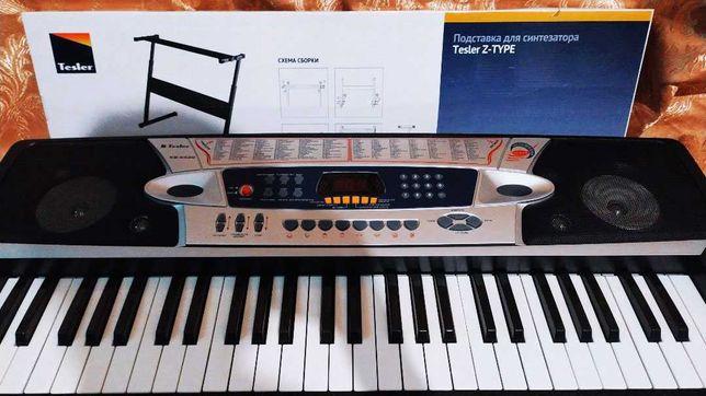 Продам электронный синтезатор и подставку