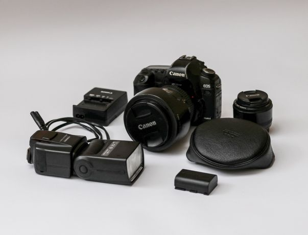 Canon 5d mark 2 (mark II) + Об'єктив Canon EF 24-105 mm + спалах