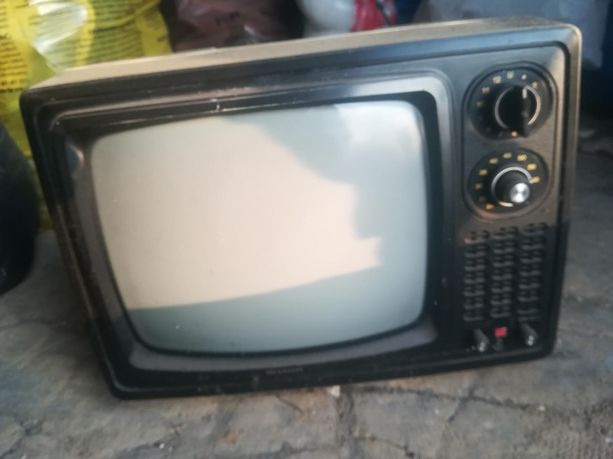 PRL Telewizor Sharp