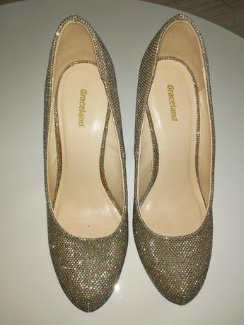 Szpilki złote Graceland